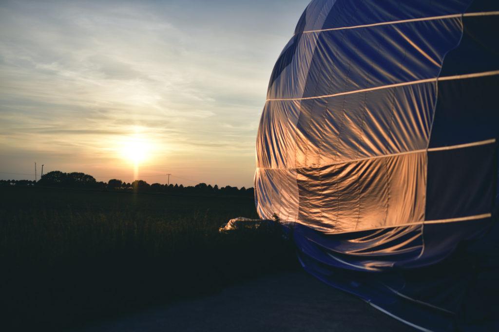 Sonnenuntergang und Ballonfahrt