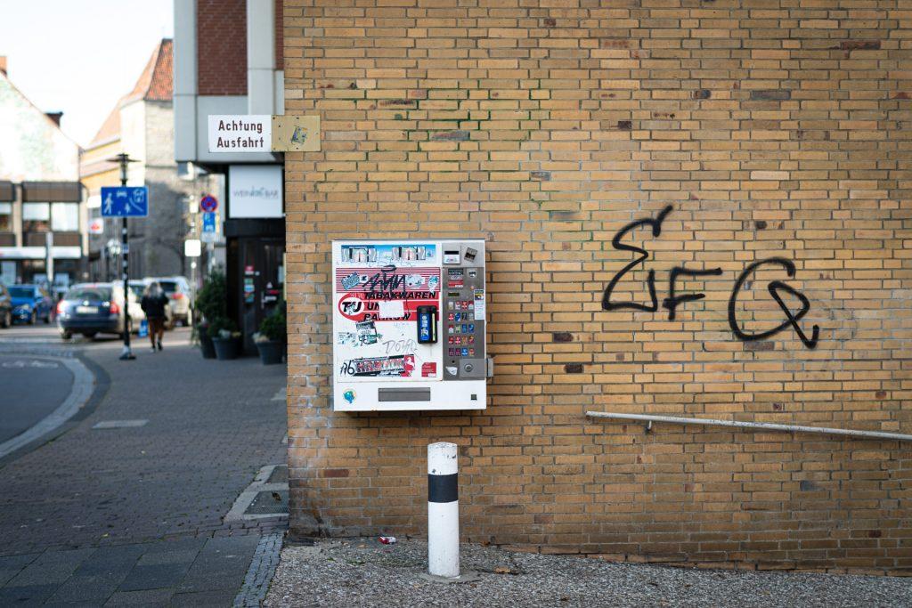 Hildesheim, ein einsamer Verkaufsautomat