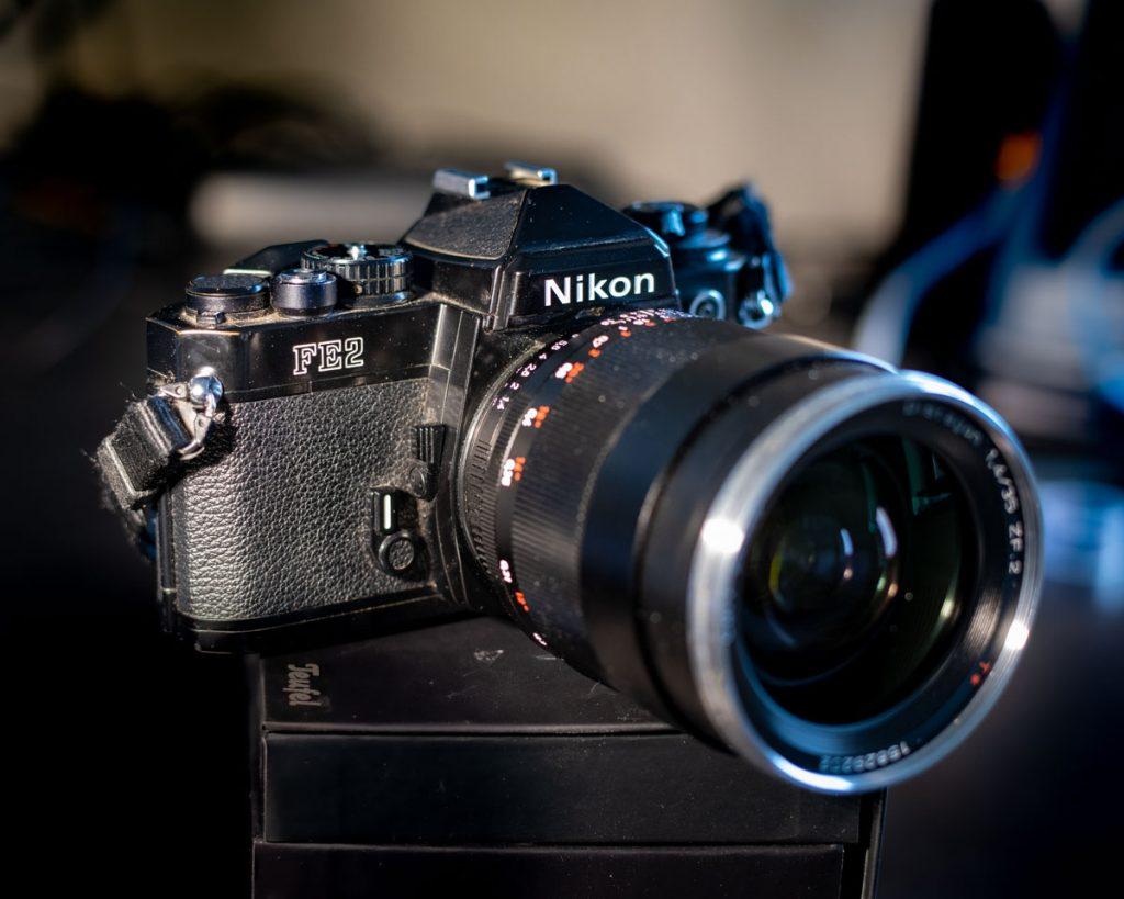 Nikon FE2 Zeiss Distagon 35mm f1.4